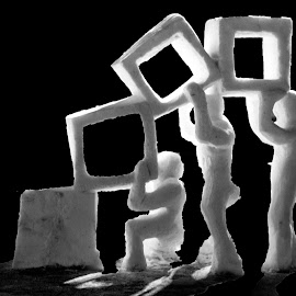 Haulin' Cube by Chris Mowers - Digital Art Things ( sculpture, snow sculpture, snow, weather, night, snowfest, frankenmuth )