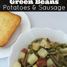 Slow Cooker Green Beans, Potatoes, and Sausage