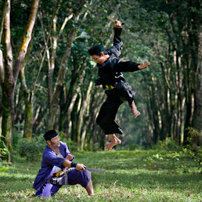 Jump Cut by Mario Wibowo - Sports & Fitness Other Sports ( silat, mario wibowo, green, 2012, perspective, cut, fotorio, jump )