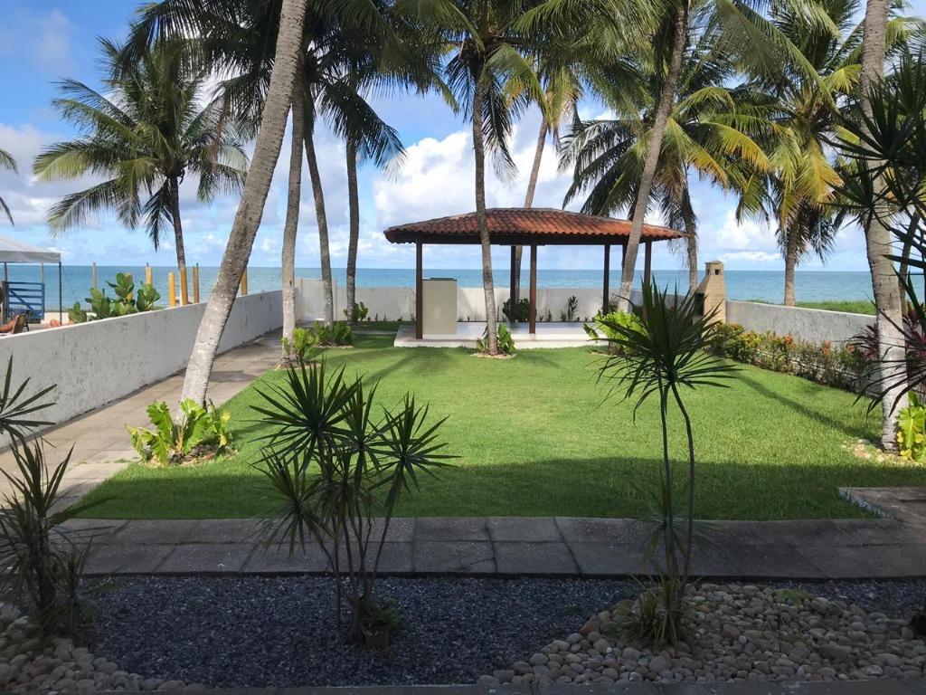 Casa com 3 dormitórios à venda, 298 m² por R$ 1.999.990 - Camboinha - Cabedelo/PB
