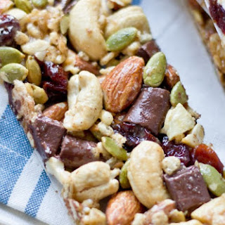 Tart Cherry, Dark Chocolate & Cashew Granola Bars