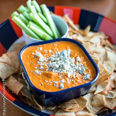 Not So Cheese Buffalo Chicken Dip