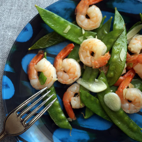 Garlicky Shrimp and Snow Peas