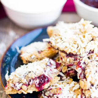 {Super Simple} Raspberry-Coconut Oatmeal Squares