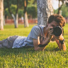 Photoshoot sunset by Dura Elisei - People Portraits of Men ( canon, grass, shoot, green, sunset, art, paparazzi )