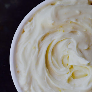 The Best Basic Cream Cheese Icing