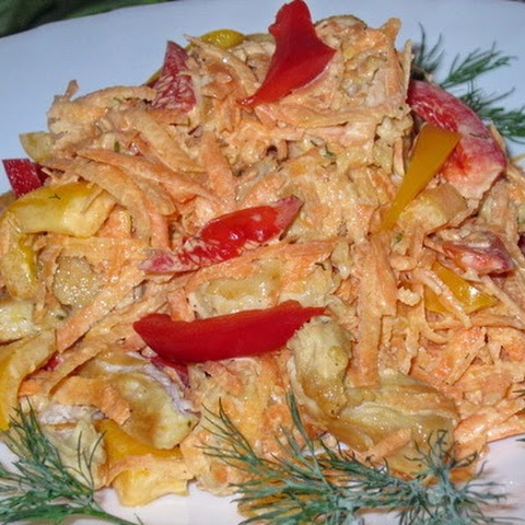 Salad With Chicken And Vegetables In Sour Cream