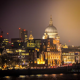 London by Mihai Sirb - Landscapes Travel ( london, long exposure, architecture, landscape, people, photography )