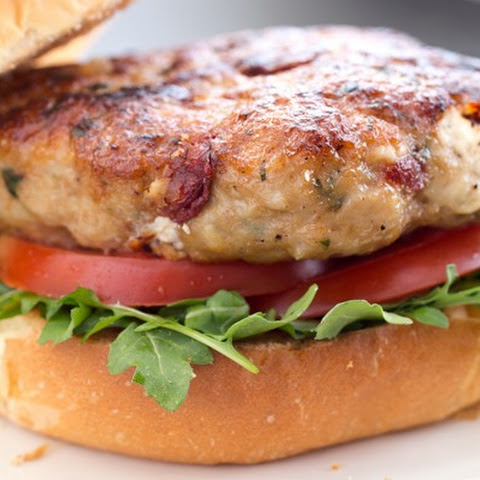 6-Ingredient Chicken and Sun-Dried Tomato Burgers