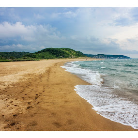 Black Sea ,Ağva by Mohamed Alzwei - Landscapes Waterscapes ( sand, ağva, seashore, waves, turkey, istanbul, beach )