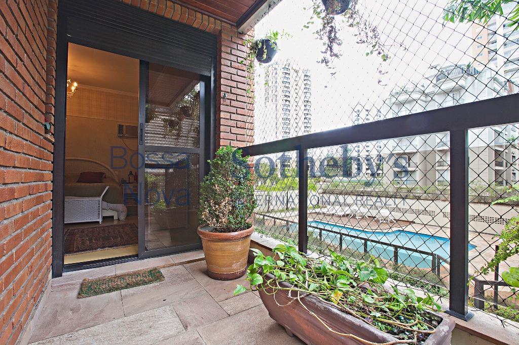 Apartamento com ótima planta e lazer completo.
