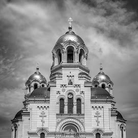 Orthodox Cathedral by Dmitriy Yanushevichus - Buildings & Architecture Public & Historical ( church, black and white, orthodox, cathedral, architecture )