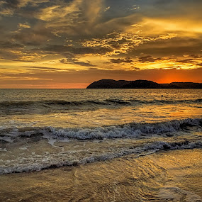 Truly Asia... by Fateen Younis - Landscapes Beaches ( sunset, horizon, malaysia, langkawi, beach, island )