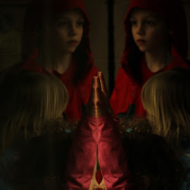 by Karina Zawilinski - Digital Art People ( red, nose, pink, hands, curious, pure photo )