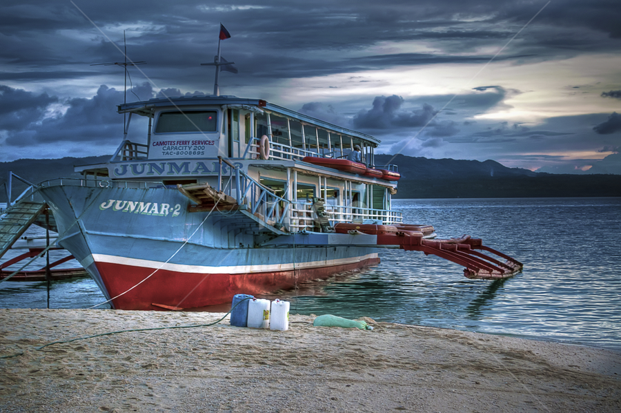 The Pamboat by Nät Castaritas - Transportation Boats