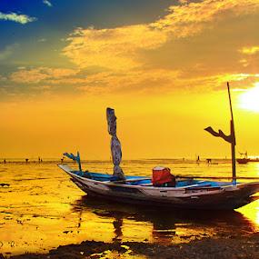 KenjiE In The Morning by Irwan Karim - Landscapes Sunsets & Sunrises ( , landscape, beach )