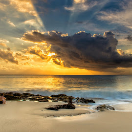 Sunset by Bobo Tandiono - Landscapes Sunsets & Sunrises ( beaches clouds.sand .people )