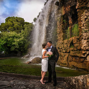 Cascade by Philippe Grosvald - Wedding Bride & Groom ( wedding on french riviera, wedding in nice, mariage à nice )