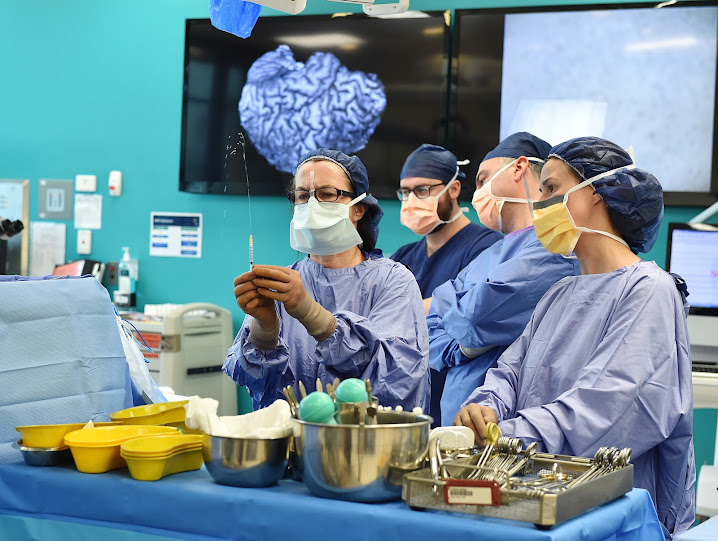 Surgeon Wirginia Maxiner (left) and scrub nurse Jessica Allenby during the operation.