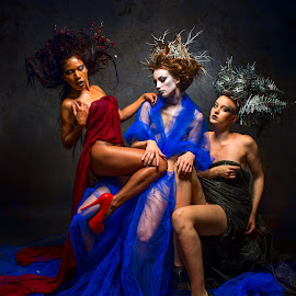 Threesome by Kevin Scheerer - People Portraits of Women ( background, three, hairstyle, photography, photoshop )
