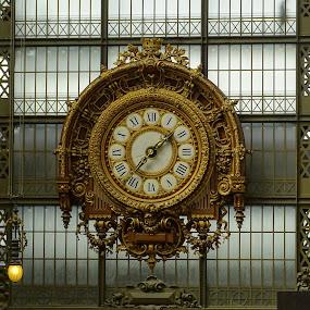 antico orologio nel museo d'Orsay a Parigi by Patrizia Emiliani - Artistic Objects Antiques ( parigi, francia, museo d' orasy, orologio,  )