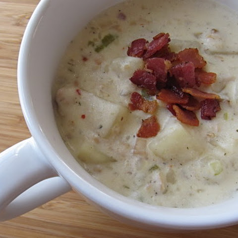 Slow Cooker New England Clam Chowder