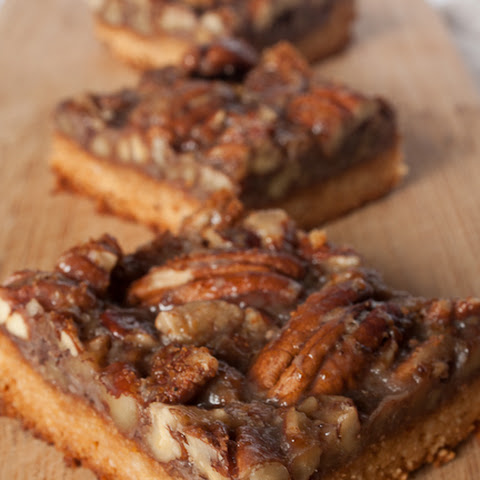 Vegan, Gluten and Refined Sugar Free Pecan Pie Bars