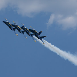 formation turn by Mike Mulligan - Transportation Airplanes ( annapolis, 2016, naval academy, military, blue angels )