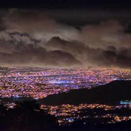 San José seen from Jericó by Annette Flottwell - City,  Street & Park  Night ( clouds, lights, nuages, jericó, san josé, nubes, noche, night, luces )