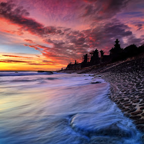 echo beach waves by Herry Suwondo - Landscapes Waterscapes