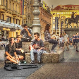 by Jasminka  Tomasevic - People Street & Candids