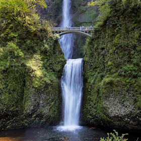 Multnomah Falls 8x10.jpg