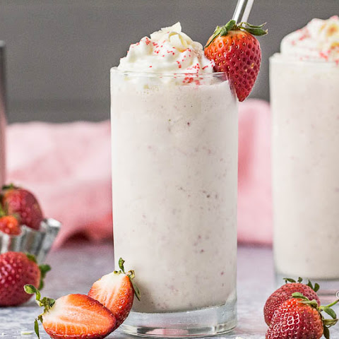 White Chocolate Covered Strawberry Boozy Milkshake