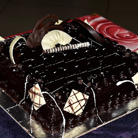 chocolate all over! by Priyanka Gupta - Food & Drink Cooking & Baking ( cake, tasty, chocolate, sweet, yummy )
