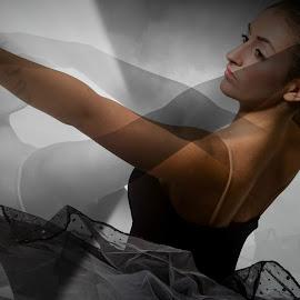 the ballet dancer by Susan Davies - Digital Art People ( colour, duplicate, elegance, woman, beautiful, ballet, mono )