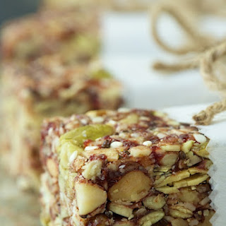 Dried Cherry and Almond Energy Bars
