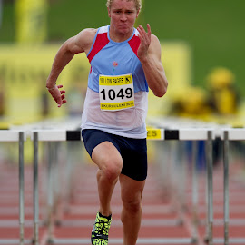 by Francois Loubser - Sports & Fitness Running