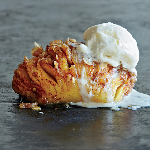 Wow! Hasselback Apples