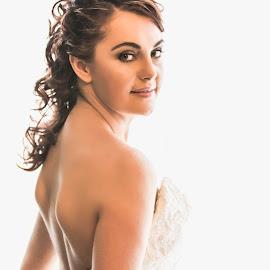 by Christa Droste - Wedding Bride ( bridal, bridals, wedding, weddinphotographer, bride, groom )