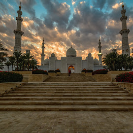 Shaikh Zayed Grand Mosque by Shabbir Shani - Buildings & Architecture Places of Worship ( cloud formations, tourist, sky, mosque, uae, tourism, abu dhabi, architecture, worship, shaikh zayed grand mosque )