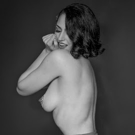 Chilly by Frank DeChirico - Nudes & Boudoir Boudoir