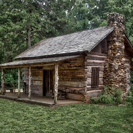 HM-2014 P7201630 by Ross Boyd - Buildings & Architecture Public & Historical ( hdr, sc, historical, log cabin, rustic )