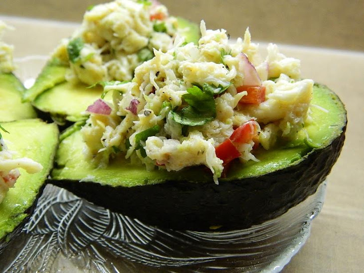 CILANTRO AND LIME CRAB SALAD IN AVOCADO Recept | Yummly
