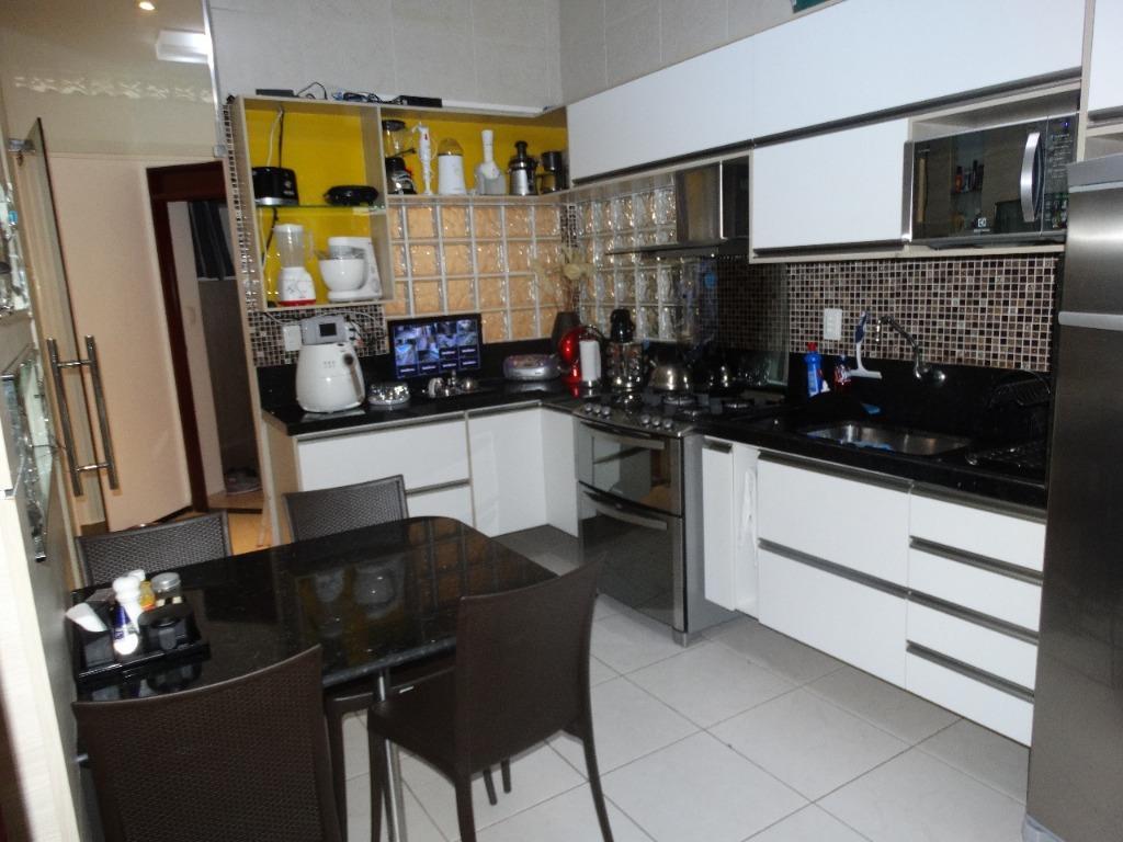 Casa com 4 dormitórios à venda, 360 m² por R$ 850.000 - Bessa - João Pessoa/PB
