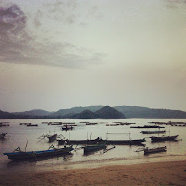 Gerupuk beach  by Demmy Noviansyah - Instagram & Mobile Android (  )