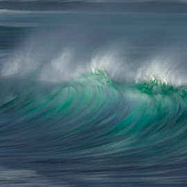 Transparency by Clive Wright - Landscapes Waterscapes ( break, blue, wave, sea, ocean, light )