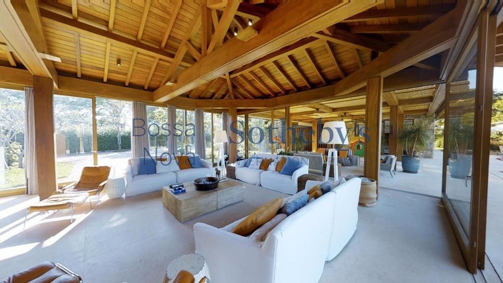 Maravilhosa e completa casa na Fazenda Boa Vista
