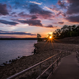 Sunset over the lake by Rick Touhey - Landscapes Sunsets & Sunrises ( water, missouri, sky, sunset, table rock lake, lake )