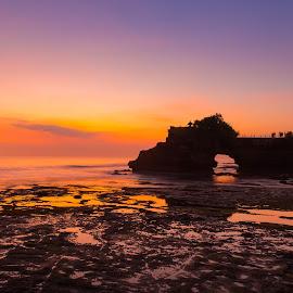 Karang Bolong, Bali by Bungsu Sumawijaya - Landscapes Beaches