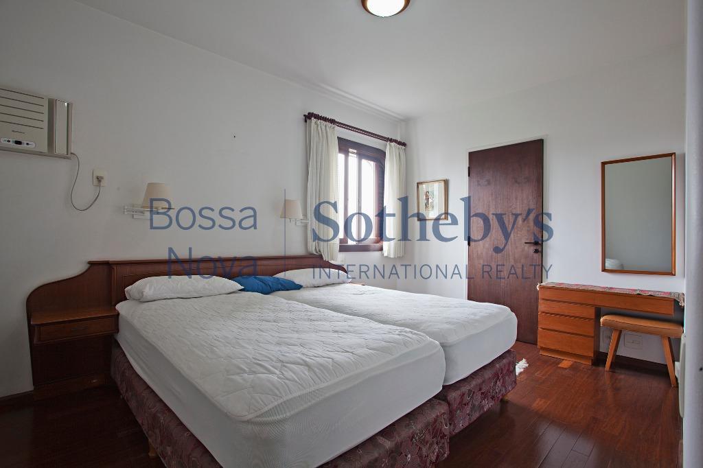 Apartamento no Parque Dos Cisnes, show de condomínio na Granja Julieta!!!